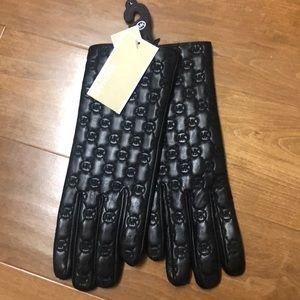 Black Leather Michael Kors Gloves